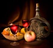 苹果瓶黏土柿子酒 库存图片