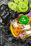 苹果糖煮的carmel万圣节正常款待 库存照片
