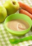 苹果红萝卜纯汁浓汤 免版税库存图片