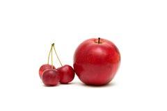 苹果背景关闭白色的一个红色 免版税图库摄影