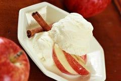 苹果苹果奶油色冰片式 免版税库存照片