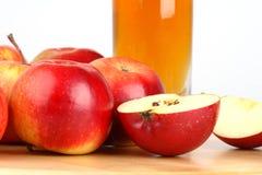 苹果苹果新鲜的汁 图库摄影