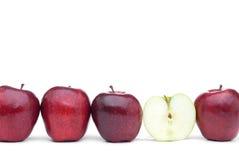 苹果苹果绿化被切的红色 免版税库存图片