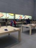 苹果计算机商店,购物 库存照片