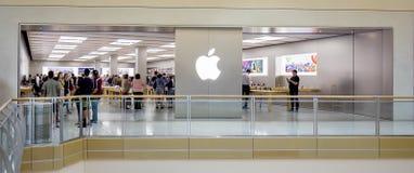 苹果计算机零售店 免版税库存照片