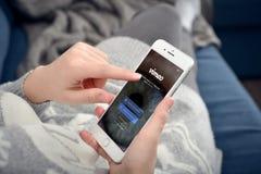 苹果计算机iPhone与Vimeo网络的8个加号 免版税库存照片