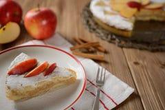 苹果饼洒与糖 库存图片
