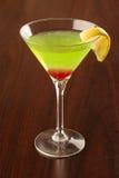 苹果绿的马蒂尼鸡尾酒 免版税库存照片