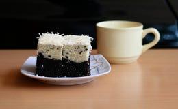茂物分层了堆积芋头蛋糕 免版税库存图片