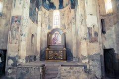 范,土耳其- 2013年9月30日:圣洁发怒Akdamar Kilisesi的大教堂的内部 免版税图库摄影
