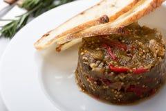 茄子和红色甜椒开胃菜  图库摄影