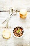 茄子开胃菜和炸面包 免版税库存图片