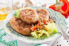 茄子炸肉排充塞用蘑菇和胡椒 免版税图库摄影