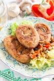 茄子炸肉排充塞用蘑菇和胡椒 免版税库存照片