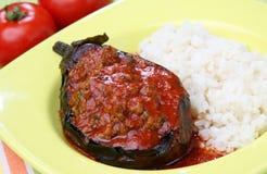 茄子装载了肉蔬菜 免版税库存照片