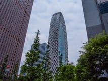 茧塔叫东京方式Gakuen -著名大厦在城市-东京,日本- 2018年6月17日 库存照片