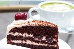 绿茶和乳酪蛋糕 免版税图库摄影