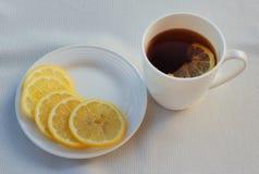 茶和柠檬 库存照片