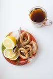 茶和甜点杯子 免版税图库摄影