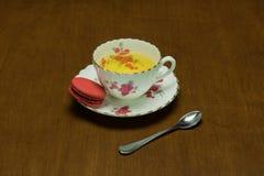 茶和蛋白杏仁饼干4 免版税库存照片
