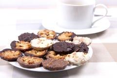茶和饼干 免版税库存照片