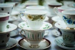 茶杯堆 免版税图库摄影