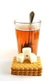 茶的时刻用糖 库存照片