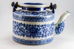茶罐用茶在亚洲。 免版税图库摄影