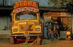 茶运输在喀拉拉 免版税库存照片