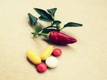 茶,胡椒,柠檬自然补救对药片 库存图片