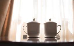 茶玻璃 免版税库存照片