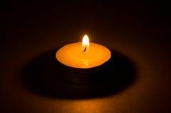 茶轻的蜡烛 免版税图库摄影