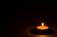 茶轻的蜡烛 免版税库存图片