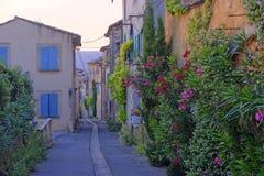 茹卡村庄在普罗旺斯 免版税库存照片