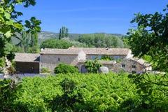 茹卡村庄在普罗旺斯 免版税库存图片
