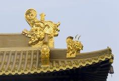 荆山寺庙金黄龙头 免版税库存图片