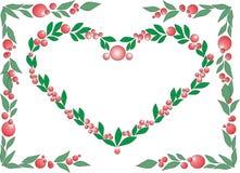 绿草和莓果的心脏 库存照片