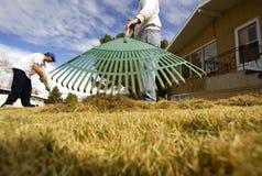 草坪维护 免版税库存图片