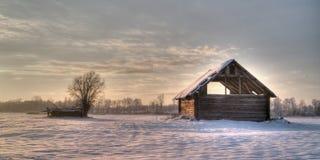 草料棚下雪下 库存图片