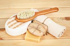 草本肥皂和集合温泉 免版税库存照片