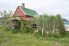 草皮屋顶Qaqartoq,格陵兰 库存图片