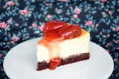 草莓乳酪蛋糕 免版税图库摄影