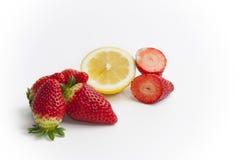草莓和柠檬 图库摄影