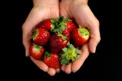草莓在手中2 图库摄影