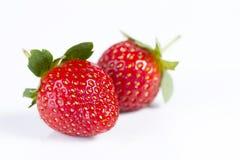 草莓在被隔绝的白色背景中 库存照片