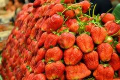 草莓堆  库存图片
