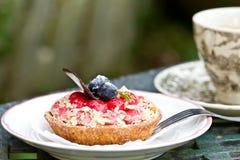 草莓奶油甜点馅饼 免版税库存图片