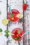 草莓柠檬水 免版税库存照片