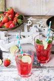 草莓柠檬水 免版税图库摄影