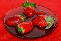 草莓甜点 免版税库存图片